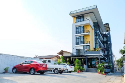 . Baan Jumpa Residence