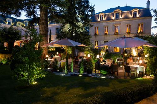 Hostellerie Cèdre & Spa Beaune - Hôtel - Beaune