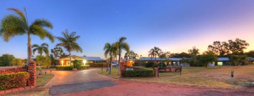 Фото отеля Heritage Lodge Motel