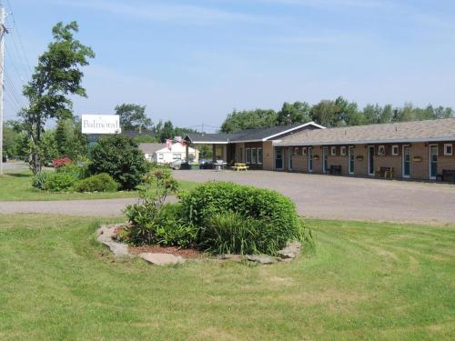 . Balmoral Motel