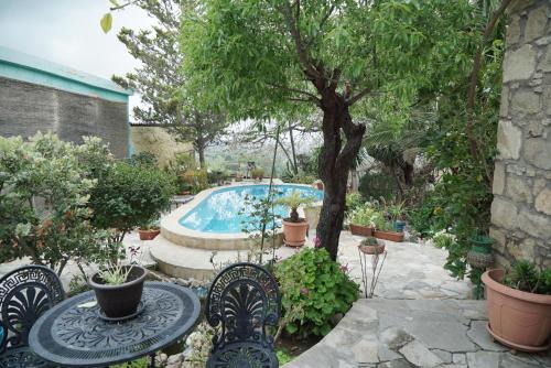 Magic Garden Holiday Home