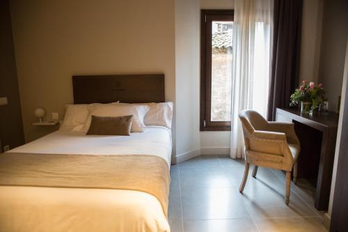 Superior Single Room Les Clarisses Boutique Hotel 3