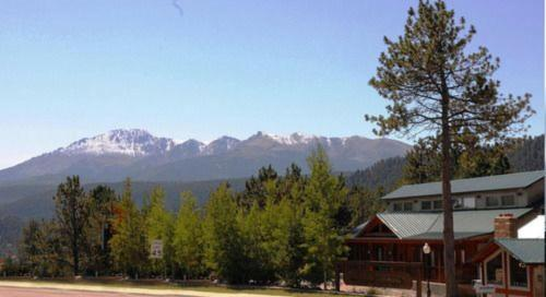 The Eagle Fire Lodge & Conference Center - Bed And Breakfast - Woodland Park, CO 80866