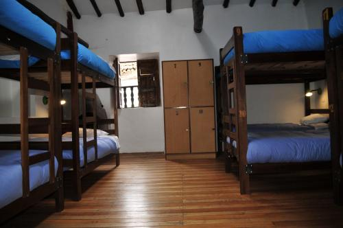 Bed in een Gemengde Slaapzaal met 12 Bedden (Bed in 12-Bed Mixed Dormitory Room)