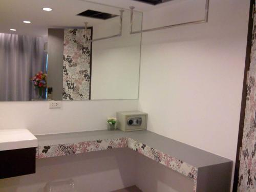 Nantra Ploenchit hotel photo 22