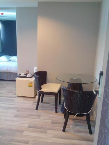 Nantra Ploenchit hotel photo 23