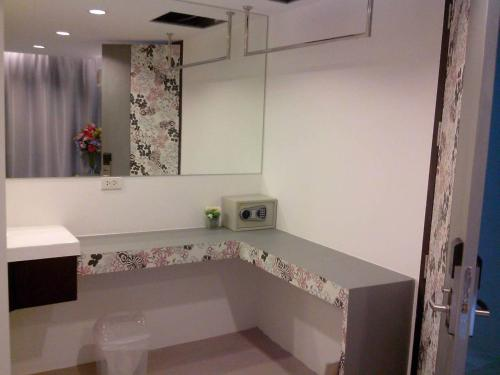 Nantra Ploenchit hotel photo 56