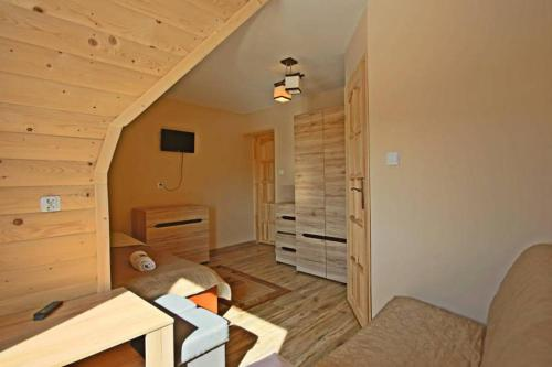 Triposteljna soba z razgledom na gore (Triple Room with Mountain View)