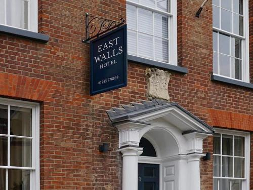 3 East Row, Chichester, PO19 1PD, West Sussex, England.