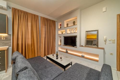 . Amoudara Suites
