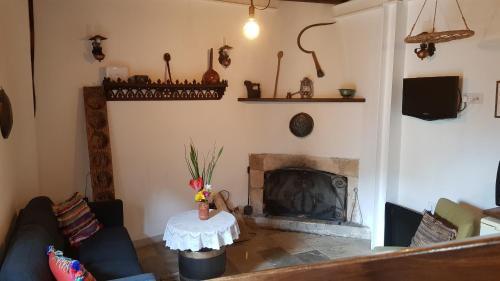 Michalis Anoyia Traditional Stonehouse - Photo 2 of 31