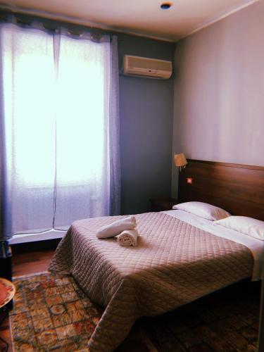 Romina Rooms
