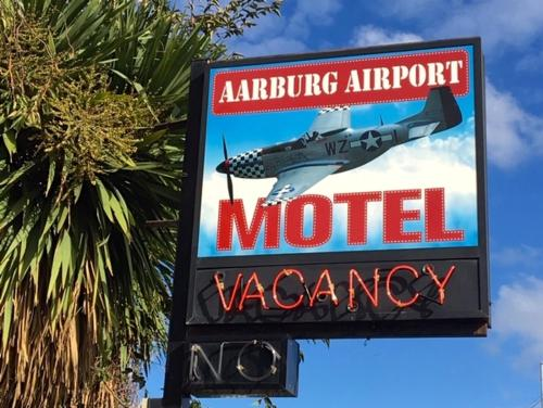 Aarburg Airport Motel - Accommodation - Christchurch
