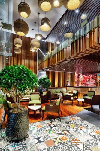. Silverland Sakyo Hotel