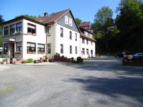 . Haus Hirschfelder Apartments