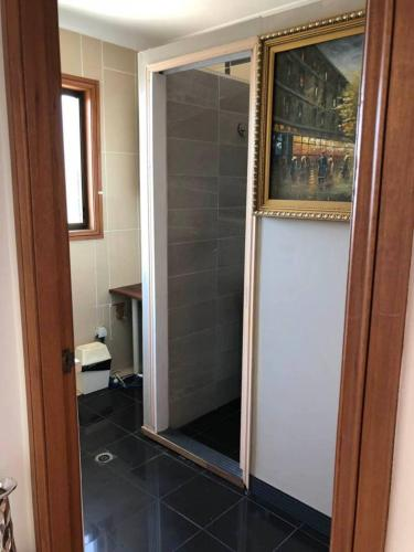 Classical 1bedroom Studio*Close to airport&CBD - image 3