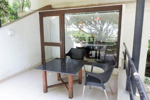 Boutique stay with a pool in Thane, by GuestHouser 13068, Thane