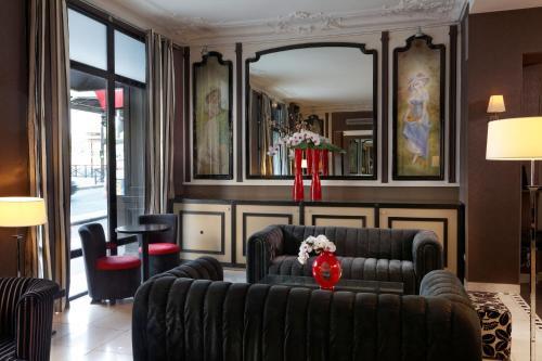 Hotel Eiffel Seine photo 5