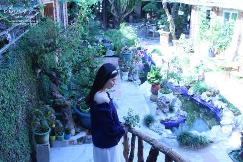 Ann House - Photo 7 of 25