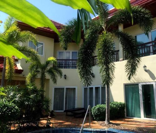 Adi~lucky private pool villa at phratamnak 5,Pattaya Adi~lucky private pool villa at phratamnak 5,Pattaya