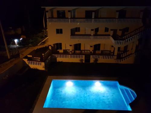 Apartamentos Nuevo Amanecer - Photo 5 of 52