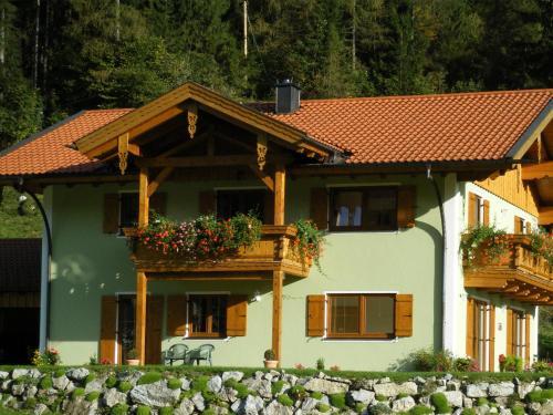 Bergerhof Zuhaus - Hotel - Sachrang