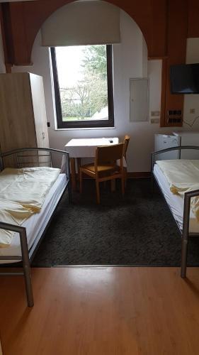 Hotel Schone Aussicht Rauschenberg Ab 39 Agoda Com