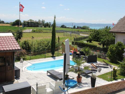 . relaxe at home ds 3pc or studio furnished jacuzzi and pool in summer covered