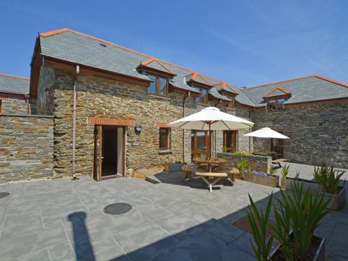 Cozy Holiday Home In Saint Merryn With Garden, St Merryn, Cornwall