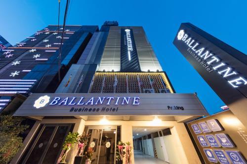 . Ballantine Hotel