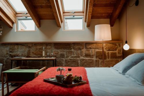 Deluxe Double Room with Bath Palacio Condes de Cirac 2
