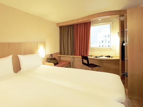 Hotel ibis Lisboa Jose Malhoa - image 8