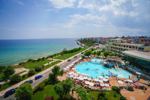 Hotel Perla Beach Luxury