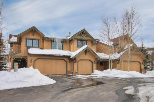 Highland Greens Pine Townhouse - Breckenridge, CO 80424