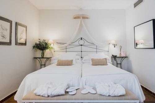 Premium Twin Room Palacio De Los Navas 6