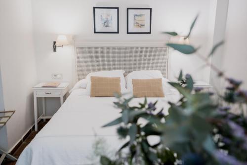 Standard Double or Twin Room Palacio De Los Navas 52