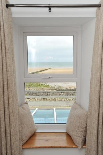 Sea View Guest House - Photo 3 of 74
