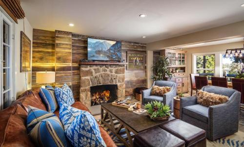 Lake Arrowhead Vacation Rental | Lakeview Charmer