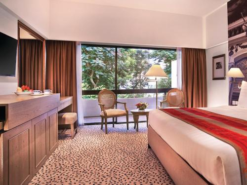 Deluxe Room with Balcony & $50 F&B Credit