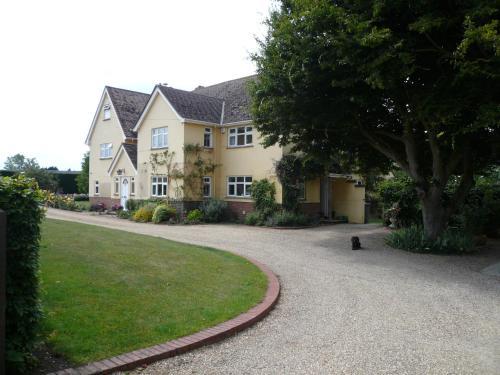 The Newnham White House, , Hertfordshire