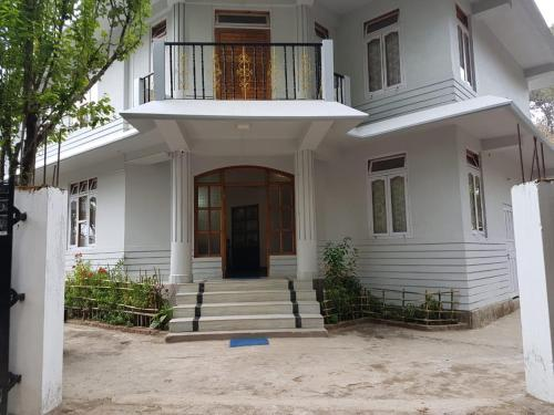 Shillong Pine Guest House