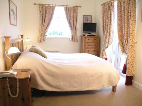 Treator, Padstow, Cornwall, PL28 8RU, England, United Kingdom.