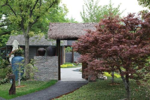 Hotel Hangzhou Roots Resort
