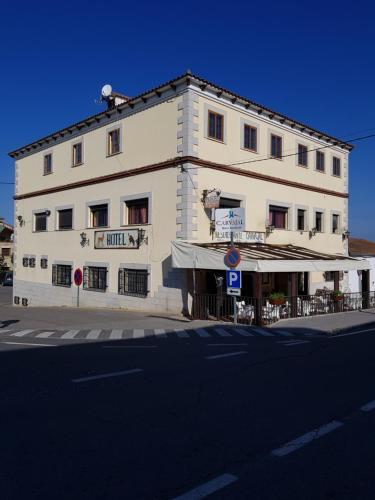 . Hotel Carvajal