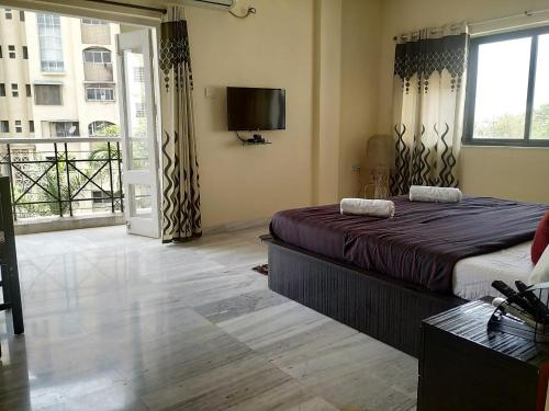 """Parsik Hill Serviced Apartments"""