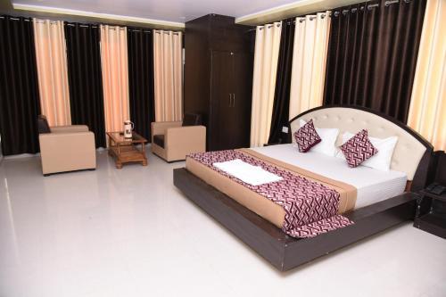 . Hotel Mayank