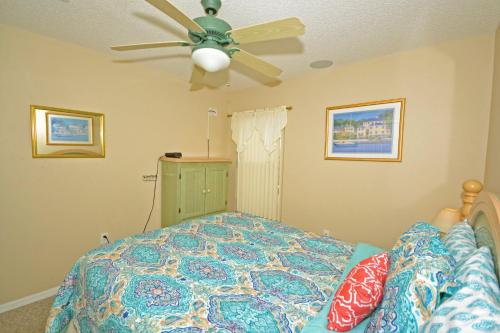 Popular attractions Area Nearby Property