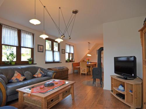 . Modern Apartment in Brachthausen near Forest