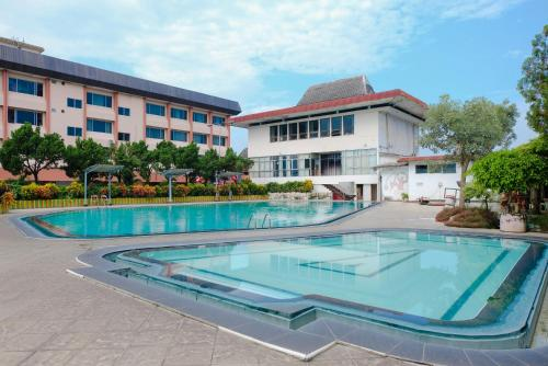 . Hotel Bandung Permai Jember