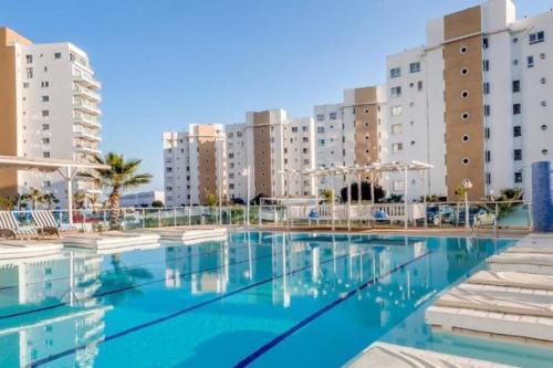 . New Long Beach Vacation Apartments